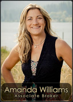 Amanda Williams, Associate Broker for Century 21 RiverStone located in the Priest River Office